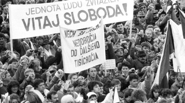 250509_17november-17november08-november-komunizmus-sr-slovensko