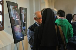 Vernisáž výstavy Svet očami viery, Zdroj: Robert Švec, KU