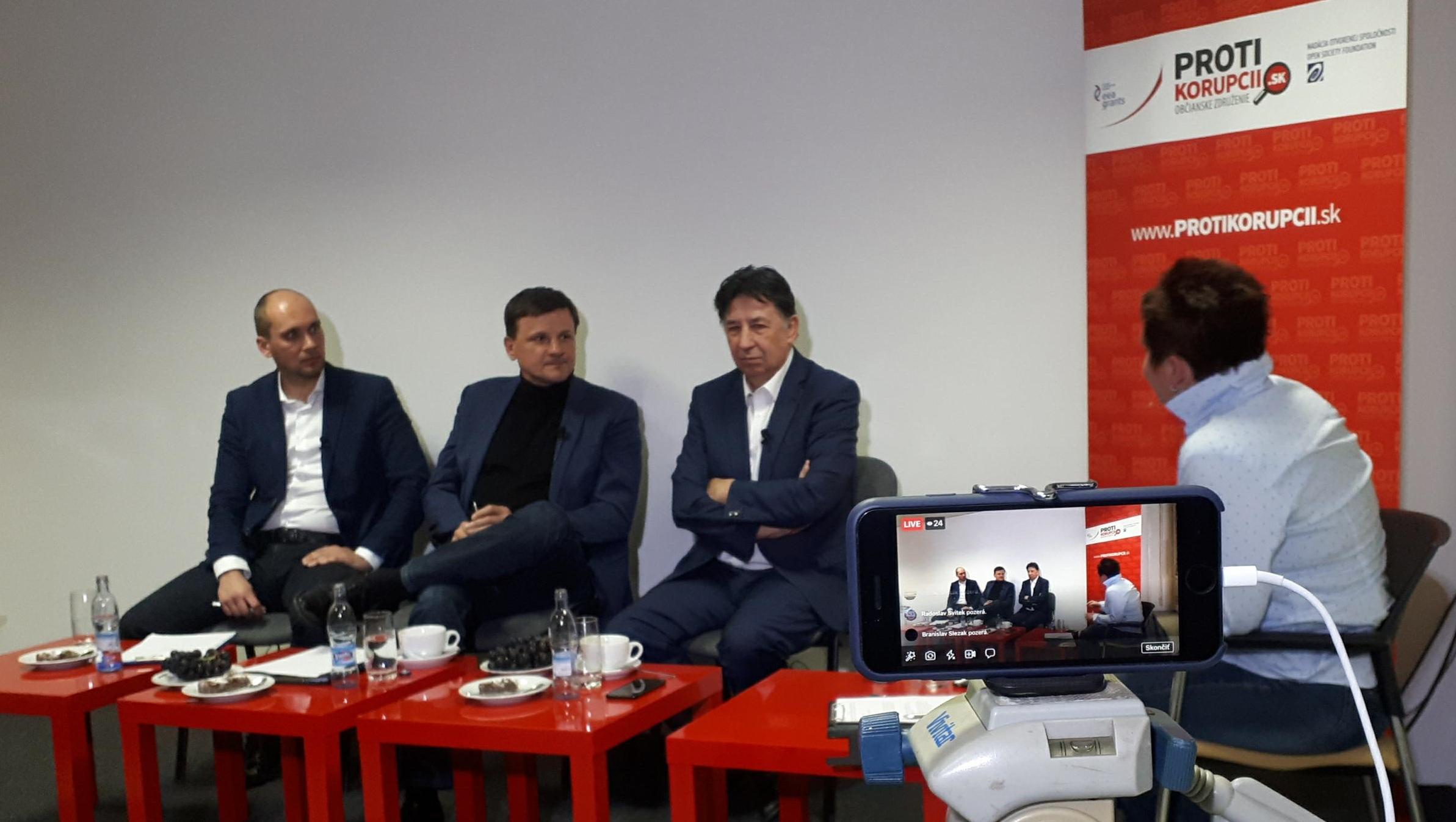 Občianskeho združenia Proti korupcií venovanej vražde investigatívneho novinára v Žiline